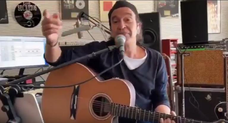 """""""Yo me quedo en casa, a tu lado"""": Álvaro Úrquijo ofrece un concierto online por el coronavirus"""