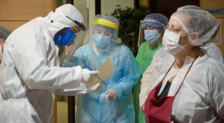 Sanidad comunica otros 4.500 contagios por coronavirus en los últimos tres días