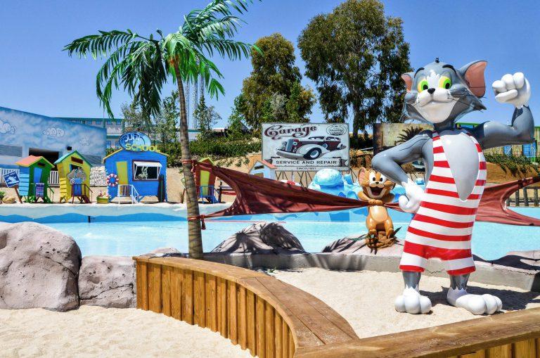 Warner Beach y Aquopolis, los parques acuáticos de Madrid, abren sus puertas el próximo miércoles