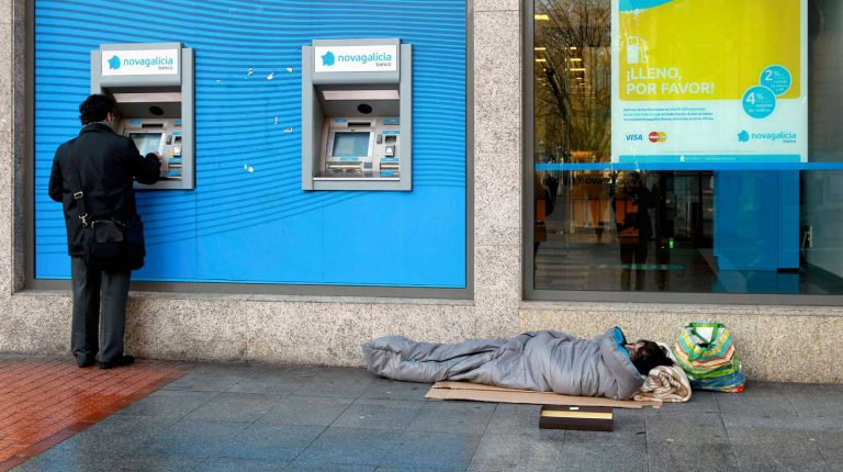 La pandemia podría incrementar en más de 700.000 el número de personas en situación de pobreza en España
