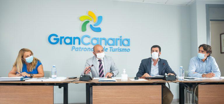 Turismo de Gran Canaria reúne al sector en la Isla y crea un frente común para conseguir un corredor aéreo seguro con el Reino Unido
