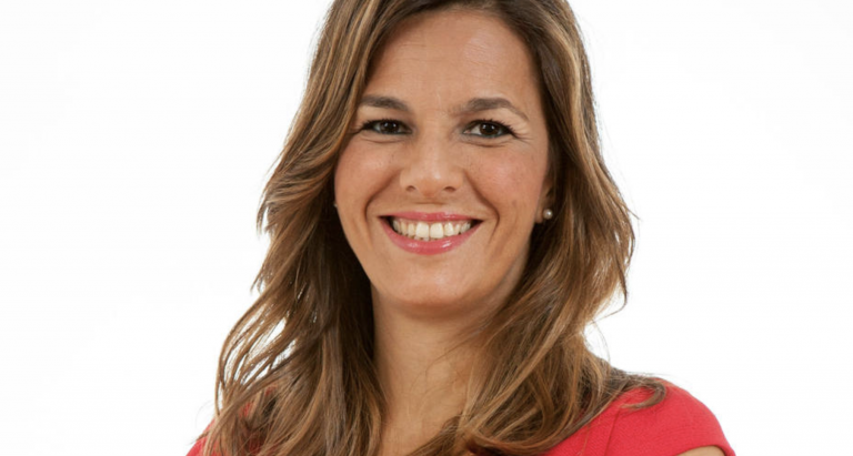 Irene Pozo, nueva conductora de 'La linterna de la Iglesia' en la Cope