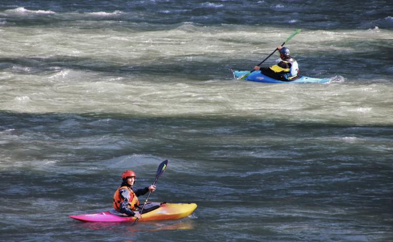 """El Ministerio de Transportes pide """"sentido común"""" a los usuarios de kayaks y canoas"""