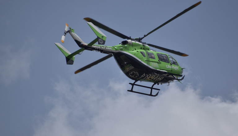 Dos fallecidos en un accidente de helicóptero en Pedrera (Sevilla)