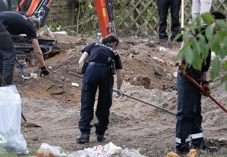 La policía encuentra un sótano oculto en el jardín donde buscan pruebas del caso McCann