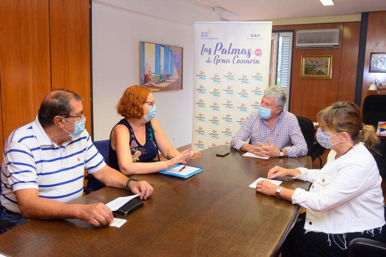 Turismo y hoteleros de Las Palmas de Gran Canaria refuerzan su colaboración para reactivar la actividad turísticaen la ciudad