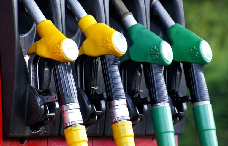 Los carburantes repuntan levemente y suman ya 12 semanas al alza
