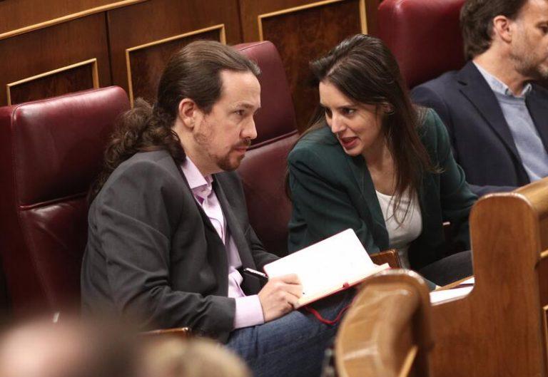 Denuncian el acoso que ha sufrido el vicepresidente Pablo Iglesias en sus vacaciones en Asturias