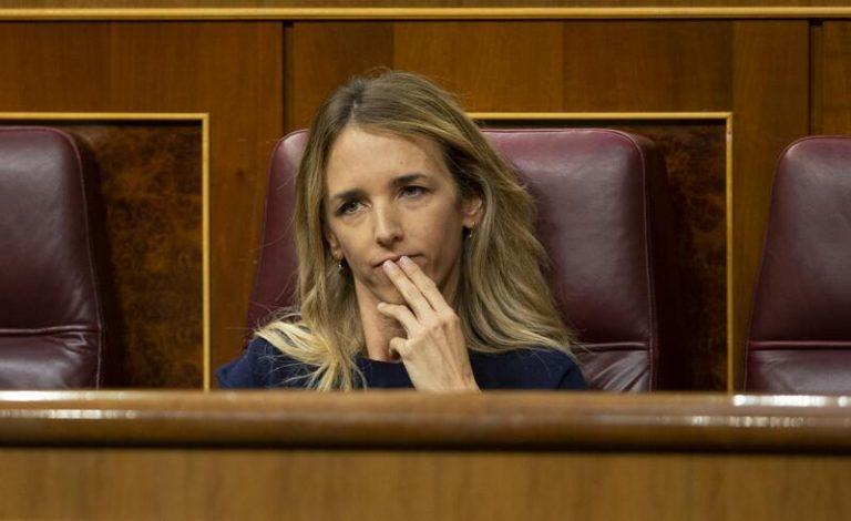 """Álvarez de Toledo cree """"un error"""" su destitución y se despide con críticas a Pablo Casado"""