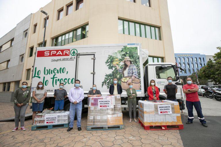 Las tiendas de Spar de Arucas, Firgas y Aguimes donan más de 2 toneladas de alimentos
