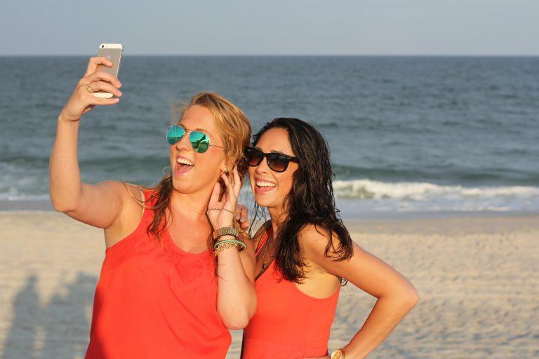 Los pasos que sigues para conseguir una selfie 'perfecta'