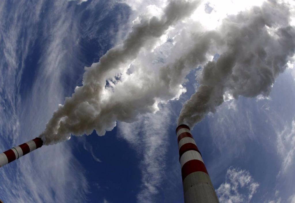 Desarrollan y presentan un proceso eficaz para convertir CO2 en plástico