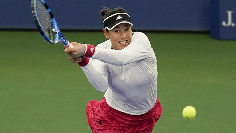 Muguruza supera su estreno en el US Open ante la japonesa Hibino