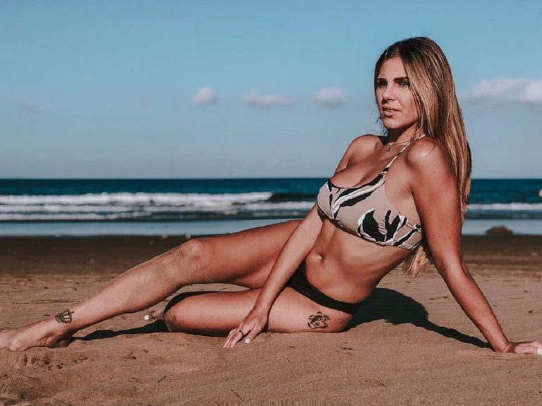 """Espectacular"": Las fotos más 'hot' de Ivana Icardi en la playa"