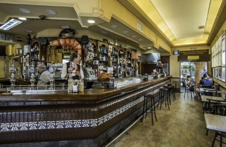 """'Pepe, el guarro', el bar """"cutre"""" de Madrid que es una verdadera joya"""