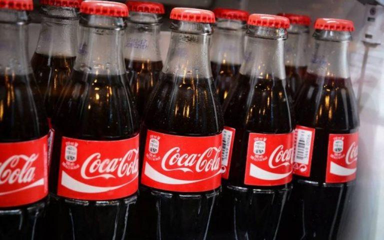 Esto es lo que pasa si dejas una Coca-Cola abierta más de 2 meses