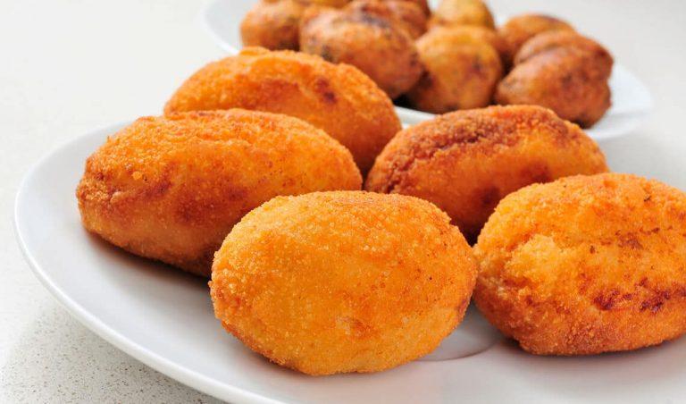 Cómo hacer unas croquetas sabrosas de pollo y jamón
