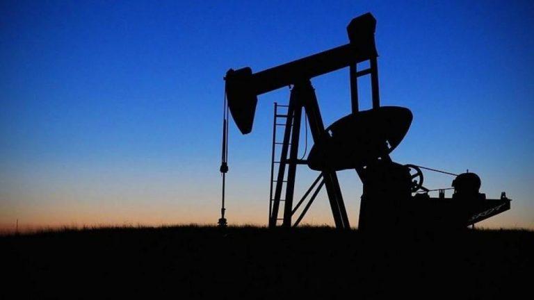 La AIE estima que la demanda mundial de crudo se hundirá este año hasta mínimos de 2013