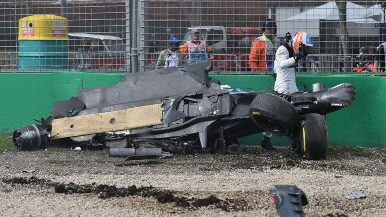 Las veces que Fernando Alonso miró de cerca al peligro: sus accidentes más bestias