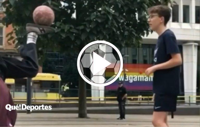 Este loco controla mejor el balón que Messi y Ronaldo juntos