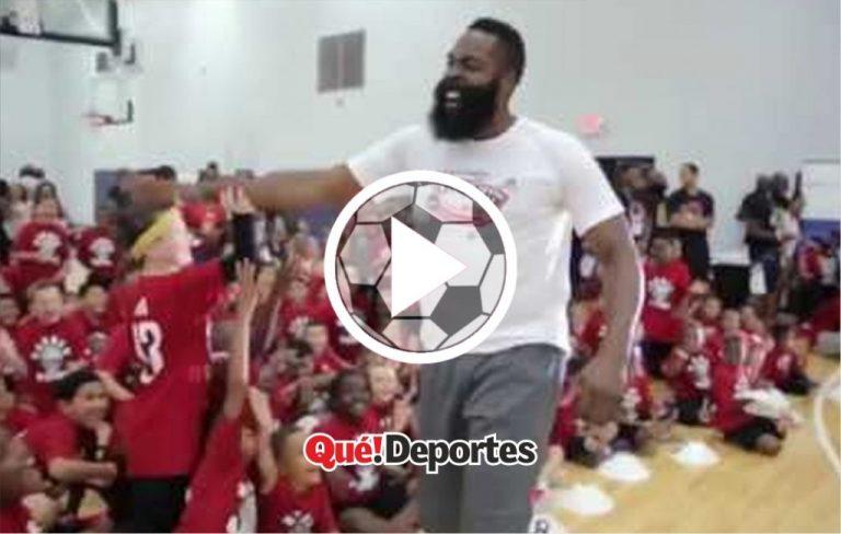James Harden humillando a un niño ¡Porque en la NBA no puede!