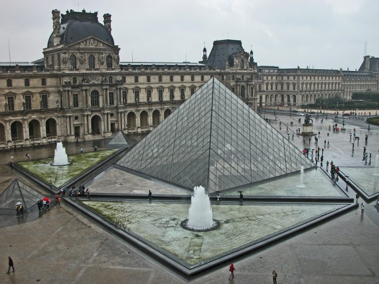 La pirámide de España y otras que son majestuosas y no están en Egipto