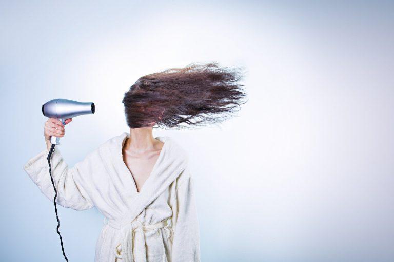 Mascarillas de plantas para tu pelo que harán que se caiga menos y crezca más rápido