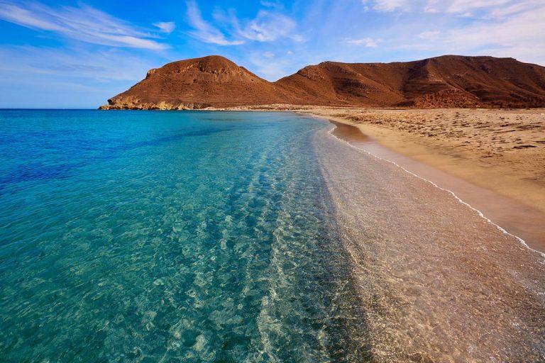 Andalucía propone cerrar playas de 21,30 a 07 horas