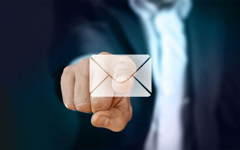 Por qué no deberías mirar los correos del trabajo más allá de la jornada laboral