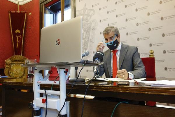 Ayuntamiento Granada facilitará a la UGR la identidad de participantes en botellones