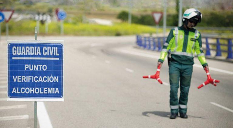Congreso insta al Gobierno a bajar la tasa máxima de alcohol permitida a conductores