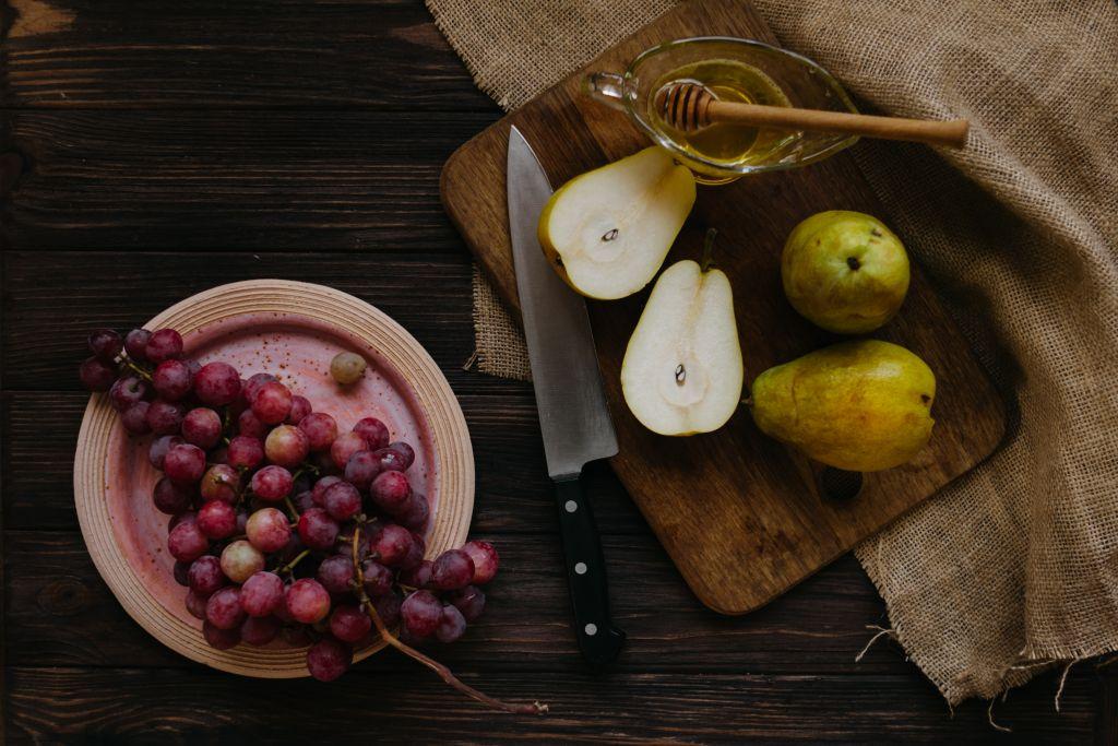 Comer pera en la cotidianidad