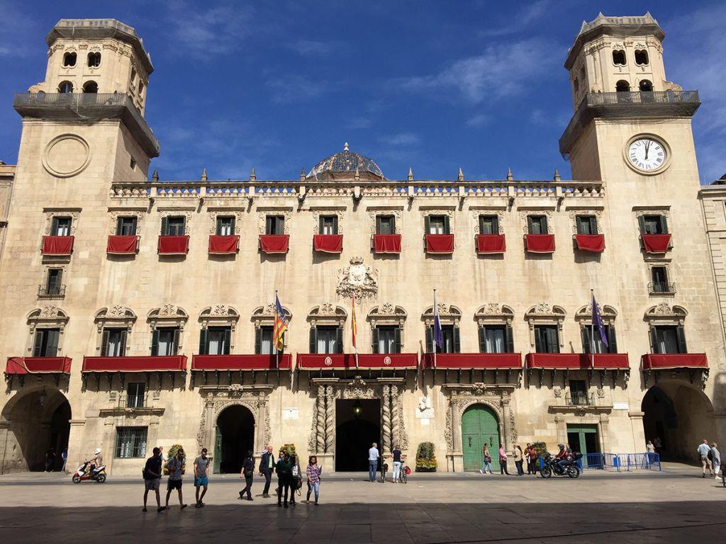 El ópera prima de Alejandro Ibáñez abre la sección oficial del Festival de Cine de Alicante