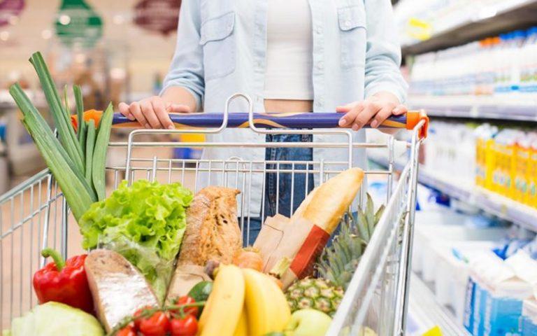 En qué fijarte en la compra en el supermercado si estás a dieta
