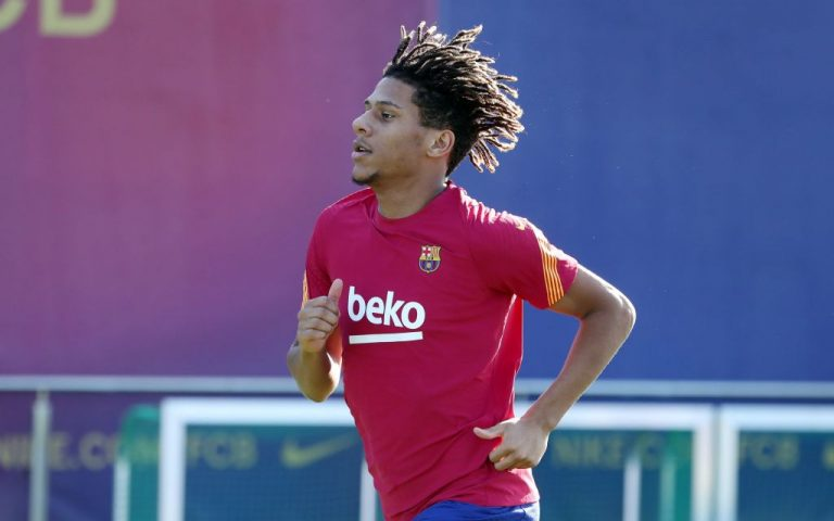Oferta en la mesa: ¿Venderá el Barcelona a Todibo por 18 millones?