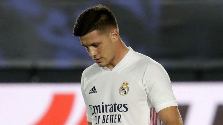 Luka Jović ya estaría preparando las maletas: no encaja en Madrid