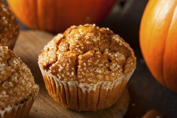 La delicia de unos muffins de calabaza en Halloween