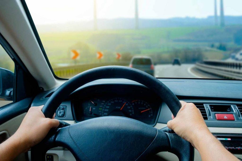 La solución en tus manos coche