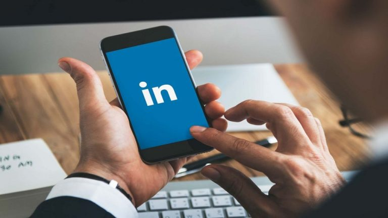LinkedIn: Cómo personalizarlo para sobresalir entre los perfiles