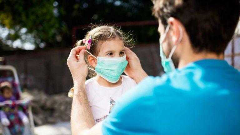 Mascarillas para niños: cómo elegir la más segura para ellos