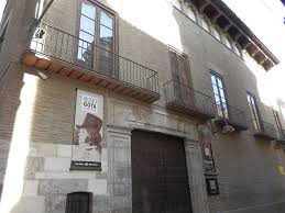 Museo Goya de Zaragoza acoge la primera exposición del pintor Juan Genovés