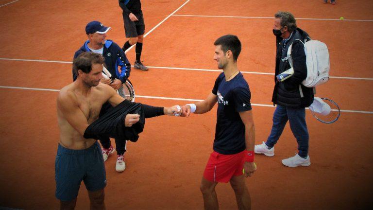 Nadal y Djokovic solo se miran de reojo: el duro escollo a su ansiada final