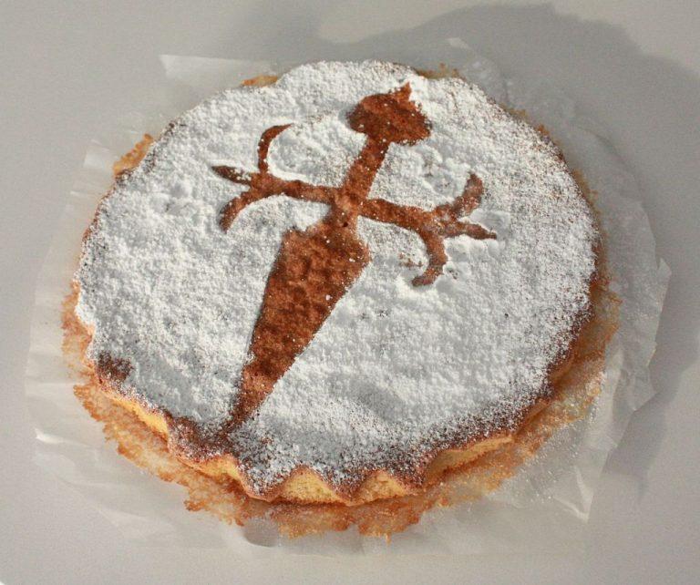 Cómo hacer la tarta de Santiago, el postre típico gallego