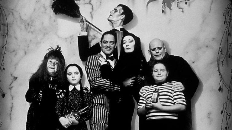 Tim Burton regresa con una serie sobre 'La Familia Addams'