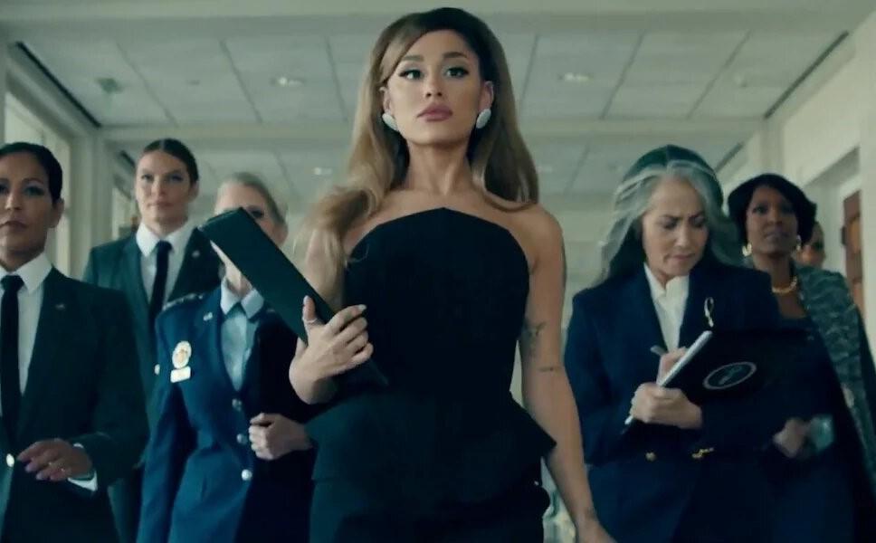 Ariana Grande estrena video de 'Positions'