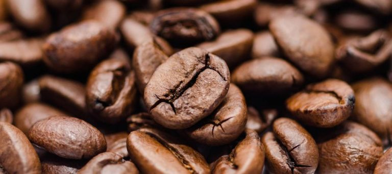 Por qué el café hace que vayas más al baño