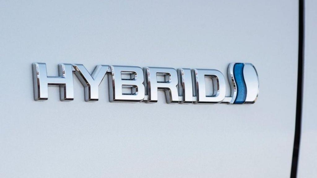 ¿Qué es un automóvil híbrido y cuáles son sus principales ventajas?