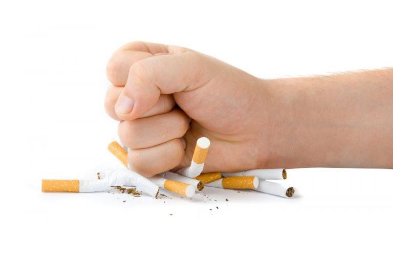 El 'fumar' se va a acabar: los mejores métodos para cortar con el tabaco