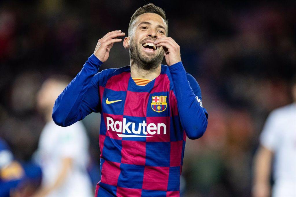 Barcelona Jordi Alba cae lesionado de los isquiotibiales de su muslo derecho