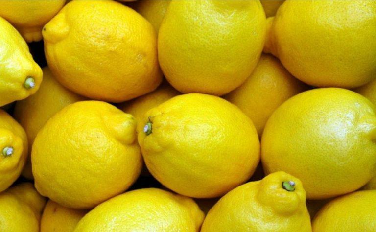 Por qué no deberías meter los limones en la nevera